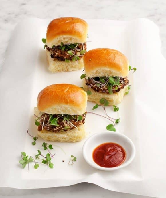 walnut-miso mushroom veggie burgers / loveandlemons.com
