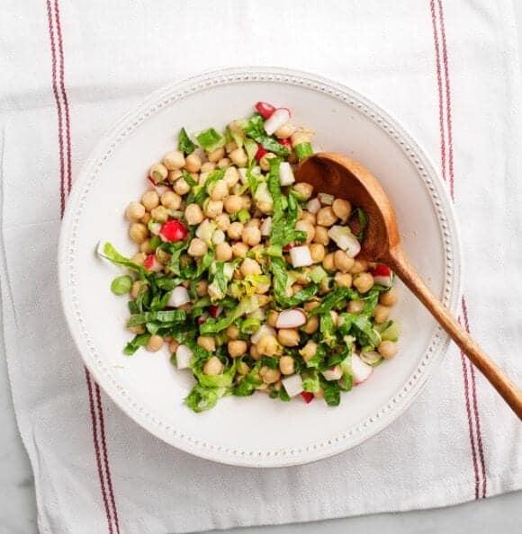lemony chickpea salad / loveandlemons.com