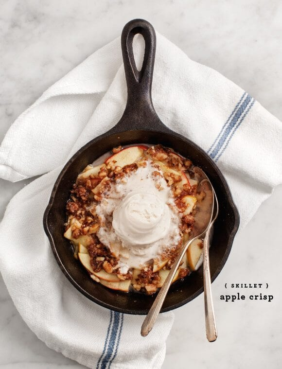 skillet apple crisp / loveandlemons.com