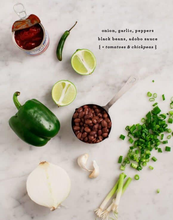 Easy Vegetarian Chili recipe ingredients