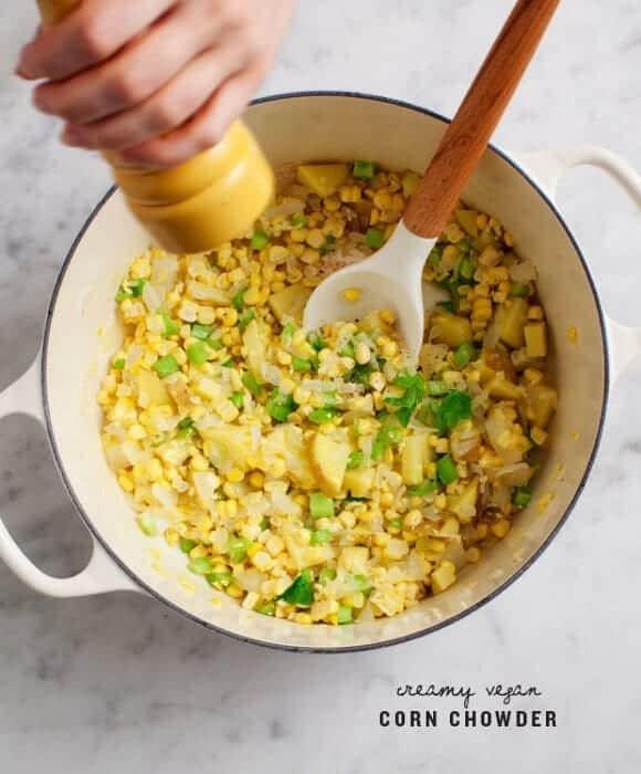 Creamy Vegan Corn Chowder / loveandlemons.com