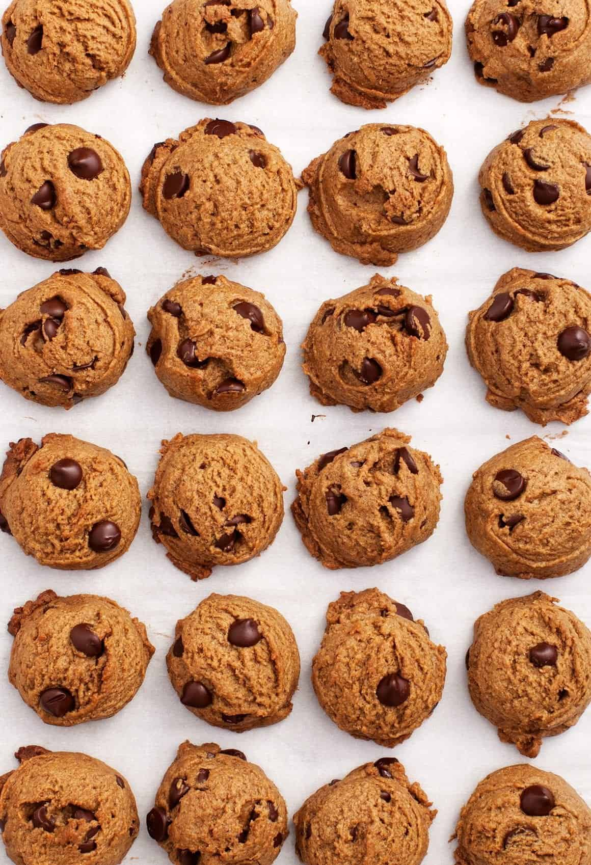 Peanut Butter Chocolate Chip Cookies Recipe Love And Lemons