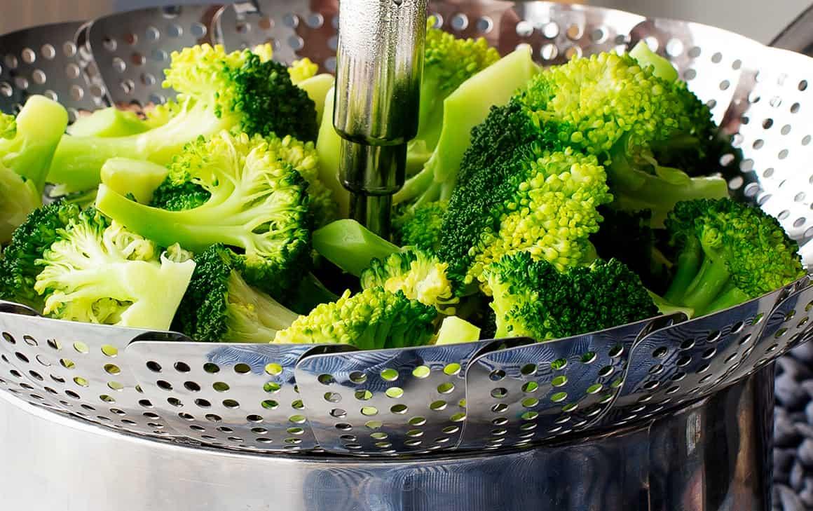 Steamed Broccoli Recipe - Love and Lemons