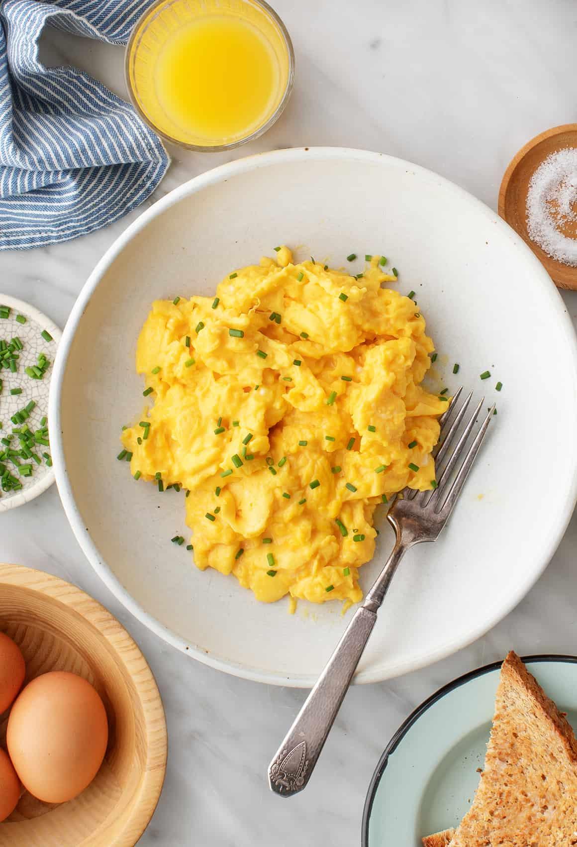 How to Make Scrambled Eggs